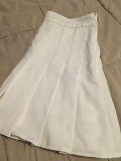"""Plain White Pleated Skirt (M/28"""")"""