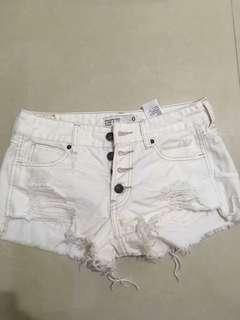 🚚 A&F 短褲