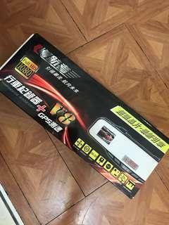 🚚 導航者V8 行車紀錄器 極新