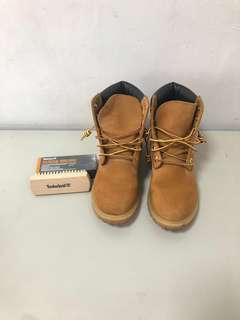 Timberland 6吋經典黃金靴 非童靴-極新二手美品 贈送黃金靴專用橡膠刷