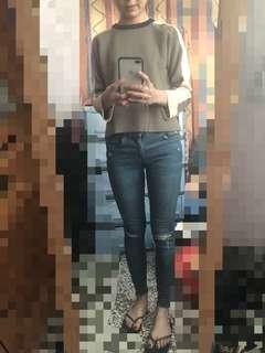 🚚 韓組墨綠米白上衣