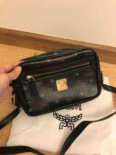 Mcm Classic camera bag for let go!!