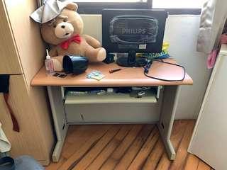 簡易電腦桌(附一張椅子)