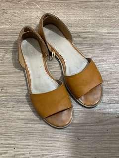 FOREVER 21 slip on sandals