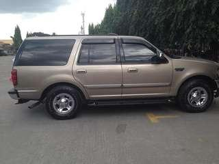 For expedition 2002 model