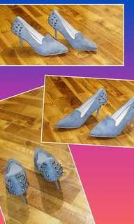 On hand shoes  size 36