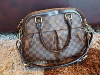 Authentic Louis Vuitton Trevi Damier PM