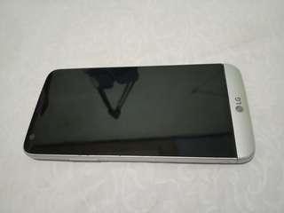 Hp LG G5 Silver 4/32 nego