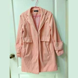 🚚 粉色大衣外套