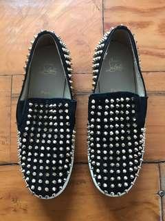 Sepatu christian Louboutin