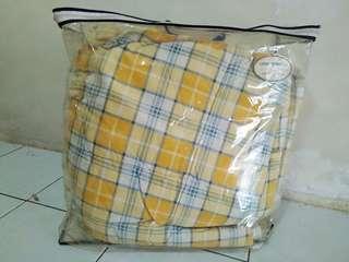 Aussino  Luxury comforter only