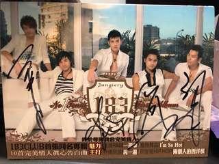 183club 首張同名專輯親筆簽名欠王紹偉