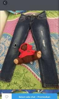Jeans A & K
