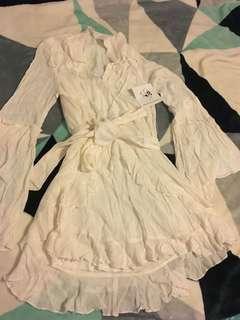 Bnwt White/cream long sleeve mini dress size 10