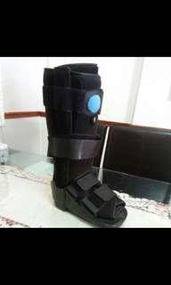 Walker Boot size M