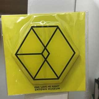 EXO 'LOVE ME RIGHT' magnet from smtown