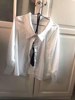 白色絲質長袖恤衫上衣連特色領太 silky white shirt classy (not yet ion) pretty after ion