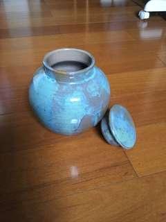 手工彩色陶罐