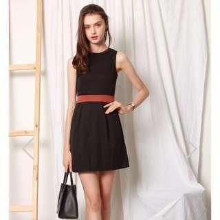 🚚 BNWT ACW Colourblock Dress in Black