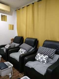 Nail saloon for takeover 2 mins walk from Bugis MRT