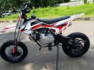 Motor mini trail 110cc