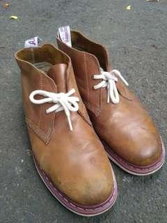 Docmart Manton boots