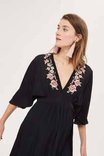 🚚 Topshop MATERNITY Embroidered Midi Dress