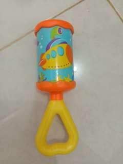 Mainan bayi rattle