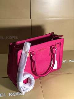 Michael Kors 2 way satchel bag in saffiano pink