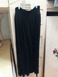 🚚 親膚棉質黑長裙