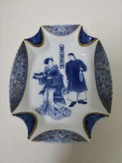 Japaneseman and women decor plate