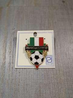🚚 1994 World Cup USA Pin/Brooch