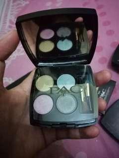 Eyeshadow pac