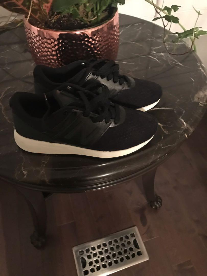Brand new all black new balance sneakers 6.5 * price reduced*