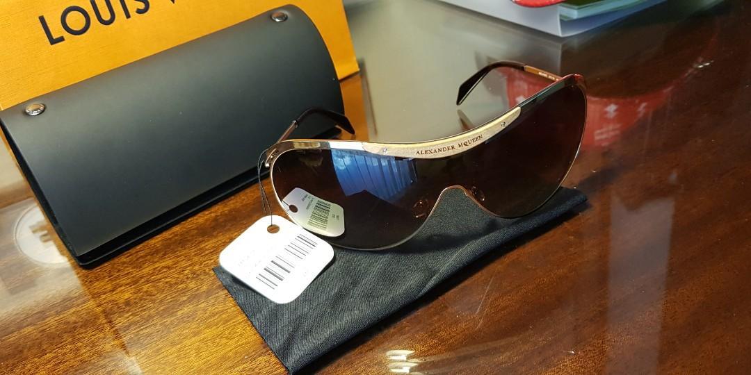 Brand New (NBU) Alexander McQueen Aviators Sunglasses limited edition REPRICED
