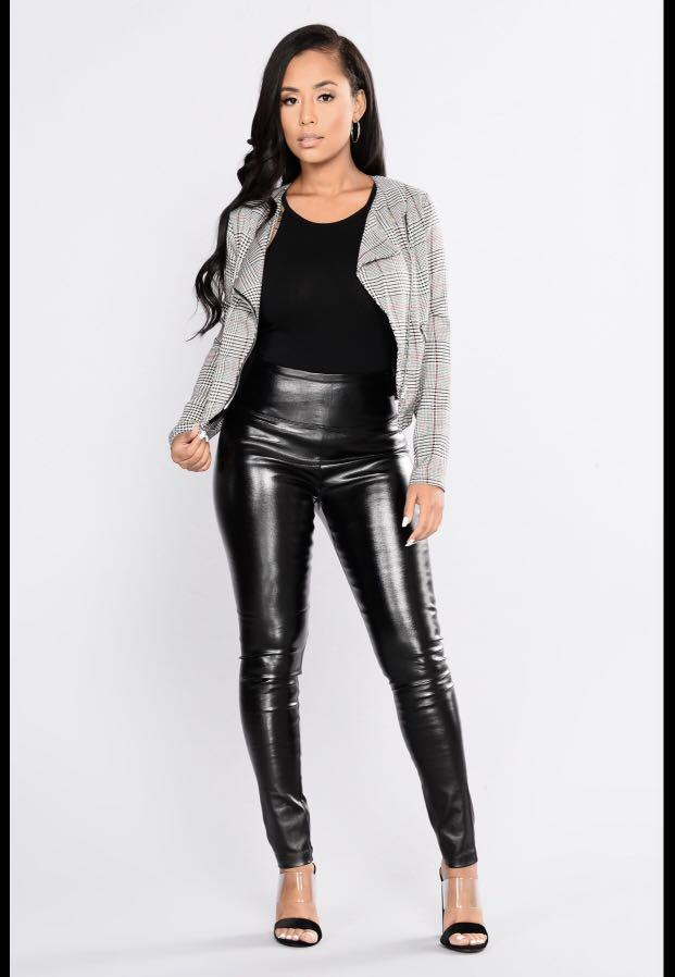 "Fashion Nova ""Classic Tummy Tucker"" Leggings – Black"