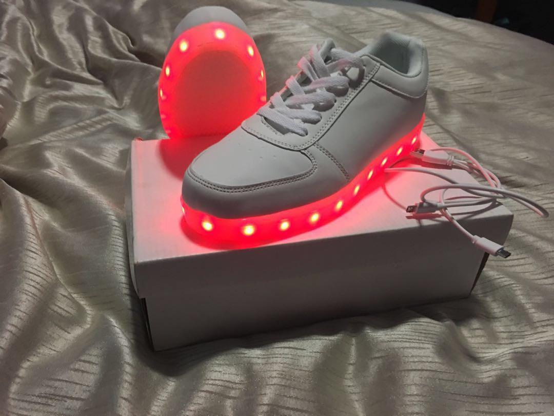 Light up shoes, Women's Fashion, Shoes