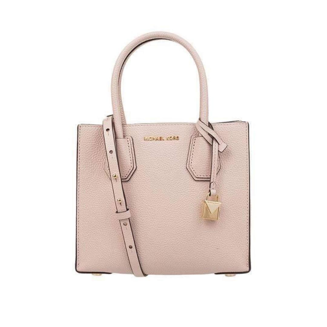 b01e5ea6b78a Michael Kors Mercer Bag Pebbled Leather Accordion Tote Handbag Sling Bag  Crossbody Bag Women's Bag SOFT PINK on Carousell