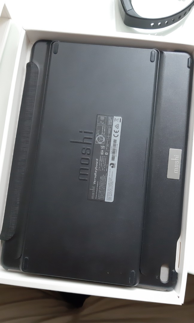 info for 2c239 a4d9f Moshi Versa Keyboard (iPad Pro 9.7)