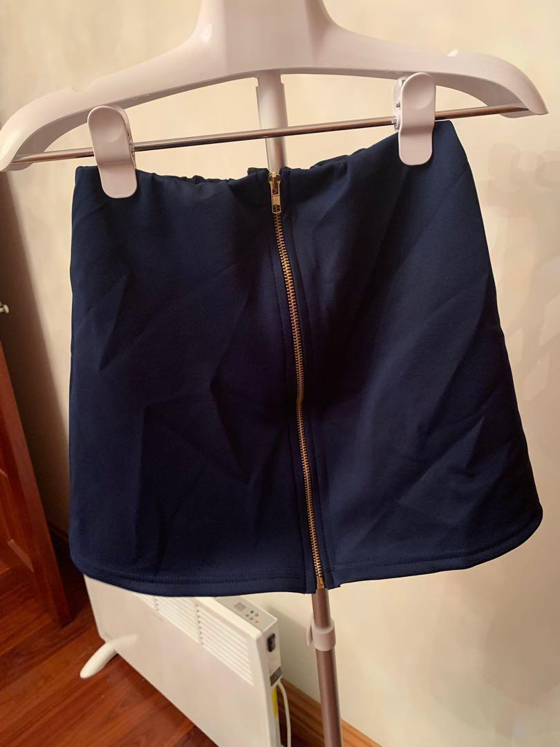 Navy A Line Skirt with Zip - NWT - Size 8 Size Small
