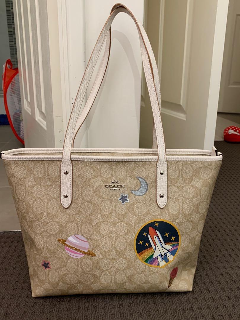 PRELOVED LIKE NEW TOTE COACH