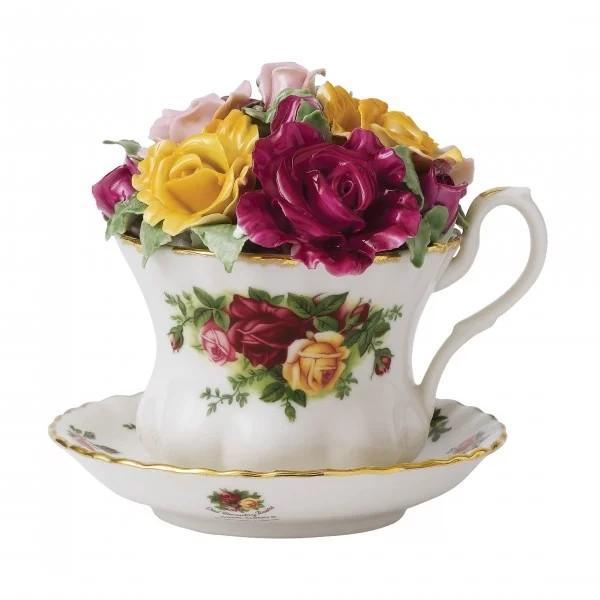 Royal Albert Old Country Rose Musical Teacup