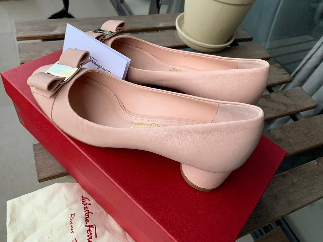 Salvatore Ferragamo - Ballet Flats Round Toe