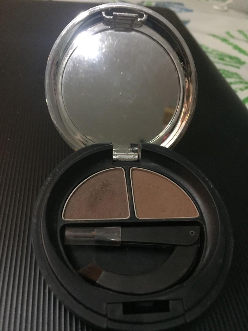 The Body Shop Brow & Liner Kit Shade 02