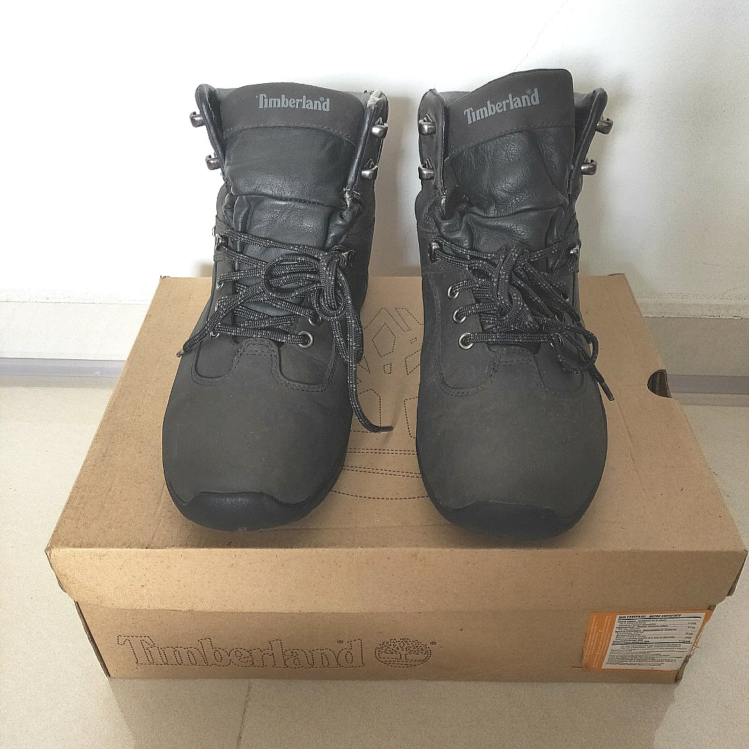 b908862b390a RTP   329 Timberland Men s Hiking Boots in Black Earthkeepers (EUR ...
