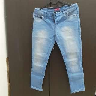Celana Jeans Baby Blue