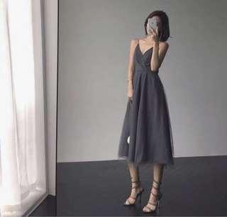 灰色紗網長裙Dress