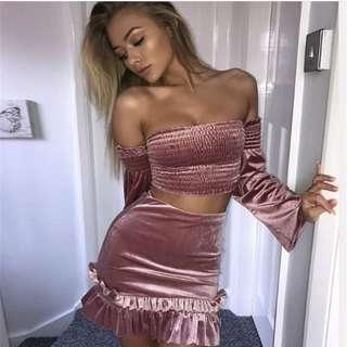 現貨Stock Pink Velvet off shoulders set sexy bodycon elegant 粉紅色絲絨露肩一字肩套裝