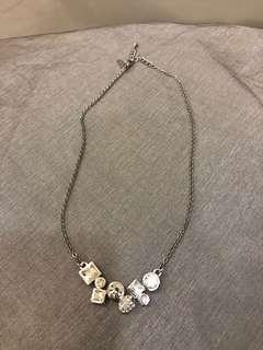 🚚 Chomel necklace