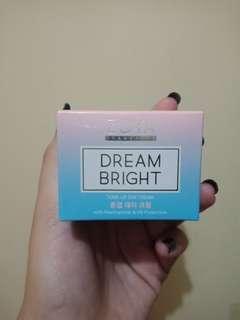 Dream Bright Tone-Up Day Cream